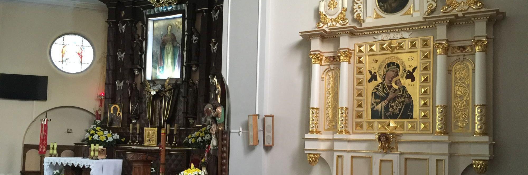 Ołtarz znowu w kościele